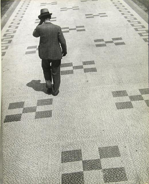 Martin Munkácsi, 'The Sidewalks of Rio de Janeiro, Brazil', ca. 1932, Photography, Gelatin silver print; printed ca.1932, Howard Greenberg Gallery