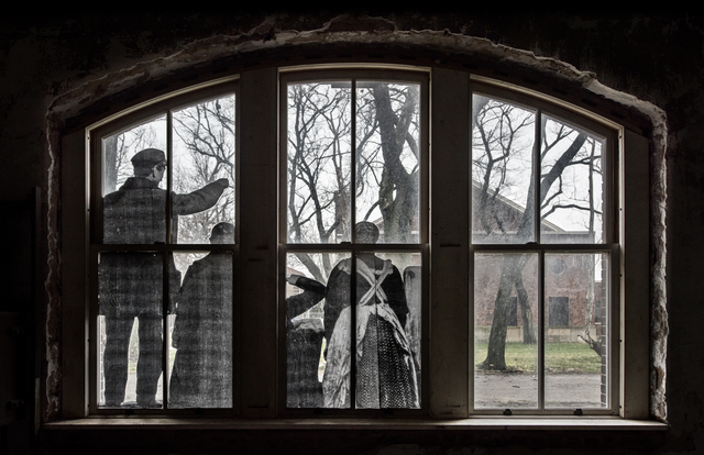 , 'Unframed, Four immigrants on a dock, looking over the water at Ellis Island revu par JR, courtesy of National Park Service, Statue of Liberty National Monument & National Archives, U.S.A., 2014,' 2014, Jeffrey Deitch