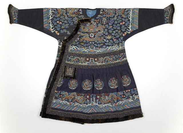 'Formal Court Robe (Chaofu or Chaopao)', Mid 19th century, National Gallery of Victoria
