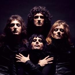 Queen 2 Album Cover