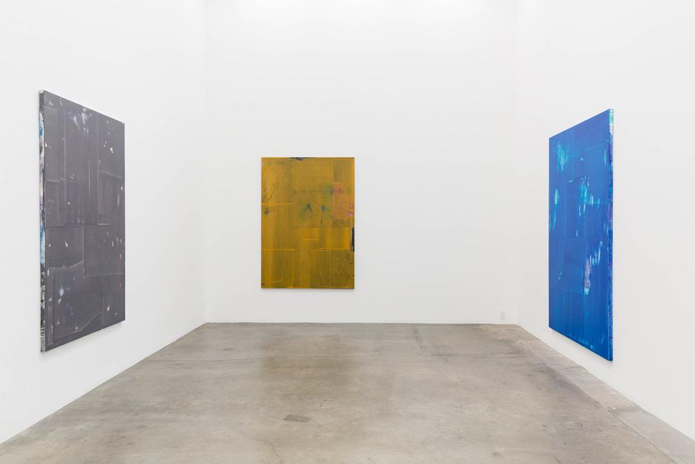 Gergö Szyinova, Unplugged (7 Works), Installation view, 2015