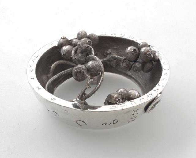 Tetsuji Seta, 'しもつき  2014  Paederia scandens  へくそかづら', 2014, Sculpture, Silver 950, GALLERY TAGA 2