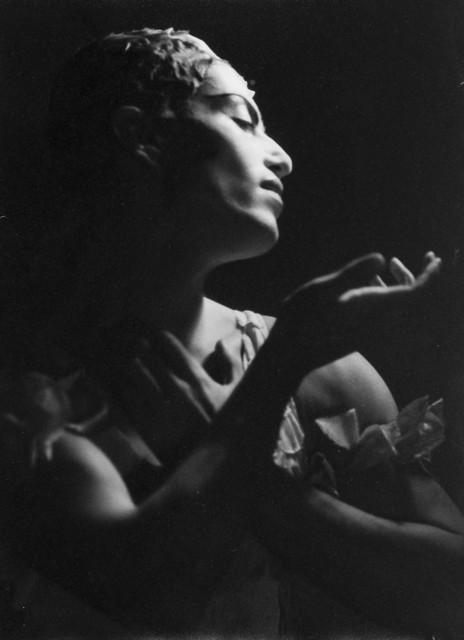 , 'Serge Lifar en Espectro de la rosa, Teatro Colon,' 1934, Vasari