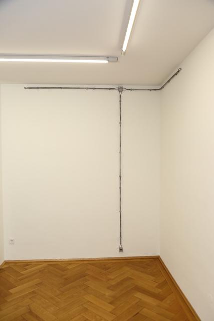 , 'Leitung auf Putz über Eck,' 2012, Galerie Britta von Rettberg