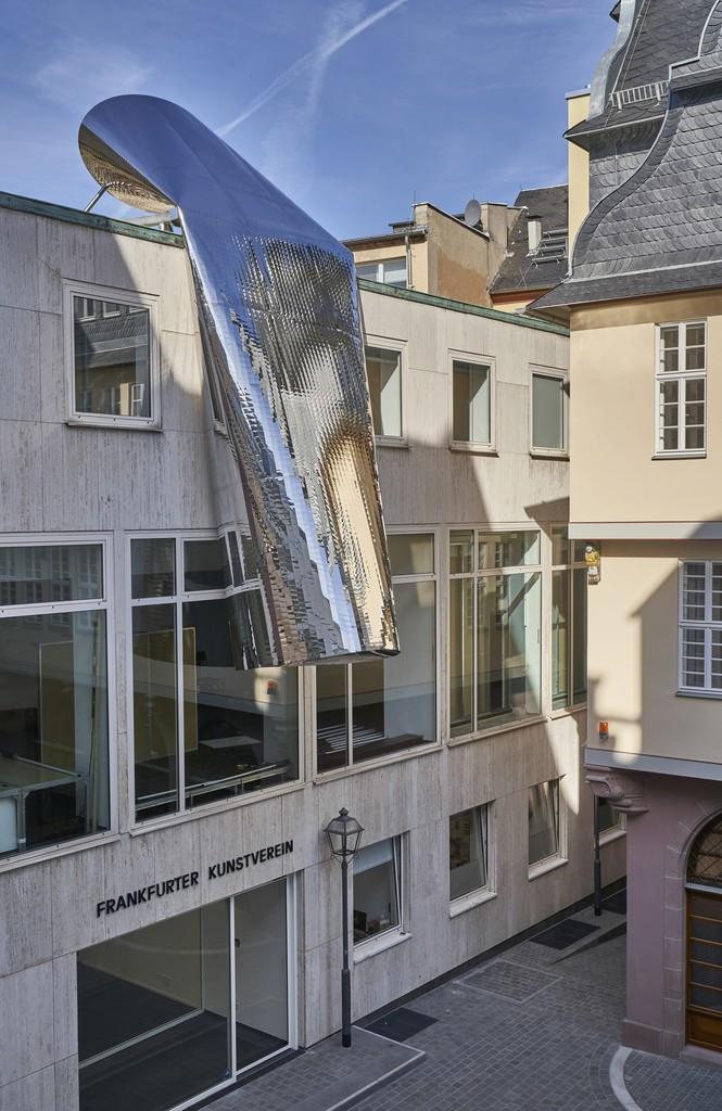 """Winter/Hörbelt: """"Die Große Illusion"""" (The Grand Illusion), 2018; Foto: Norbert Miguletz, © Frankfurter Kunstverein"""