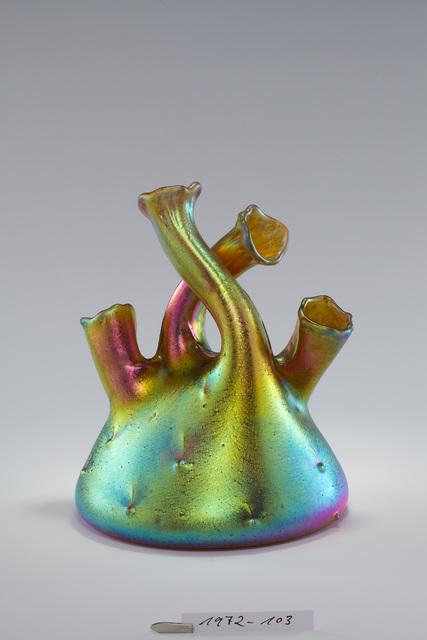 , 'Vase mit vier gebogenen Hälsen,' 1904, Museum Kunstpalast