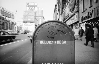 New York, 1962 (Mail Early in the Day)