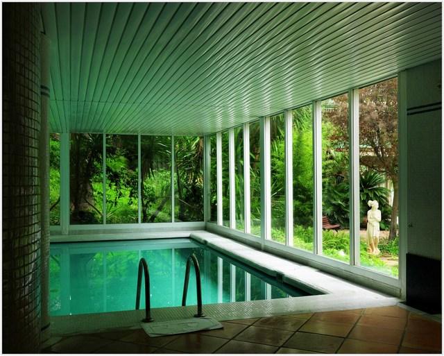 , 'Swimming Pool in the Hotel Gran Melia Victoria, Palma de Mallorca,' 2016, Flowers