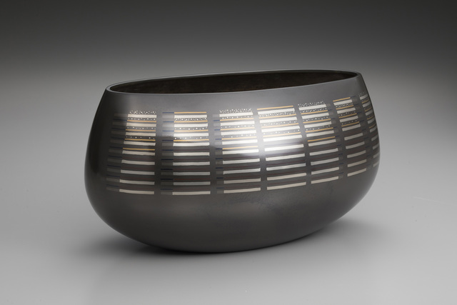 ", 'Vase ""Calm Sea"",' 2016, Onishi Gallery"
