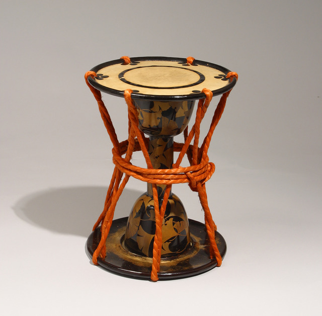 , 'Small Drum with Ginkgo Leaf Motif (Japan),' 1603-1868, Newark Museum