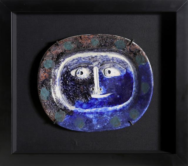 Pablo Picasso, 'Visage Brun-Bleu (Ramie 2)', 1947, Sculpture, White Eathenware Clay, Decoration in Englobes, RoGallery