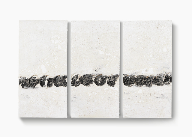 , 'Große s/w Gruben (Ohne Titel) [Untitled (Large black and white ceramic with gouges)],' 2014, Sperone Westwater