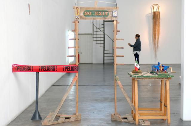 , 'Puerta detectora de metales,' 2013, Baró Galeria