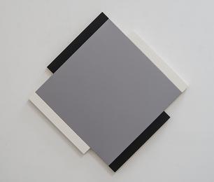Centric- Grey, Black, White