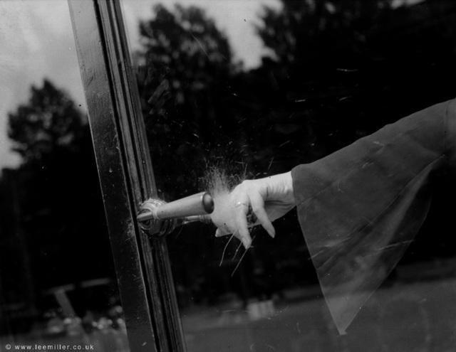 , 'Exploding Hand, Guerlain parfumarie, Paris, France,' 1931, Lee Miller Archives