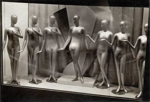 , 'Étalage: les mannequins (Display: mannequins),' 1928, Jeu de Paume