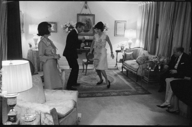 Benno Graziani, 'At her sister Lee Radziwill's flat in London, Jackie Kennedy learns how to dance the twist with designer Oleg Cassini.', 1962, Photography, Archival pigment ink on baryta paper., Galerie XII