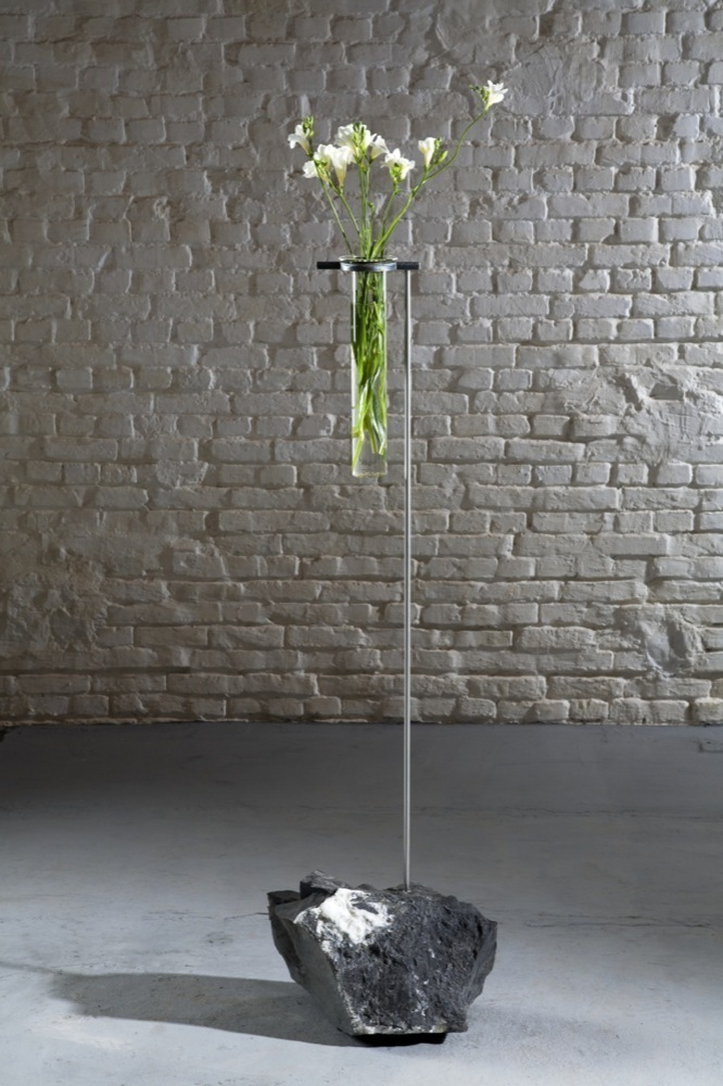 Gerard Kuijpers, 'Vase aux cristaux,' 2013, Galerie Yves Gastou