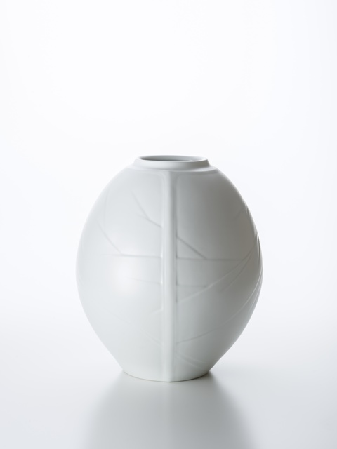 , 'Three-Face White Porcelain Vase with Winter Branch Pattern,' 2018, Onishi Gallery