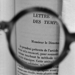 Sartre's glasses - Viewing a letter by Albert Camus addressed to Sartre when he was the director of Les Temps Modernes