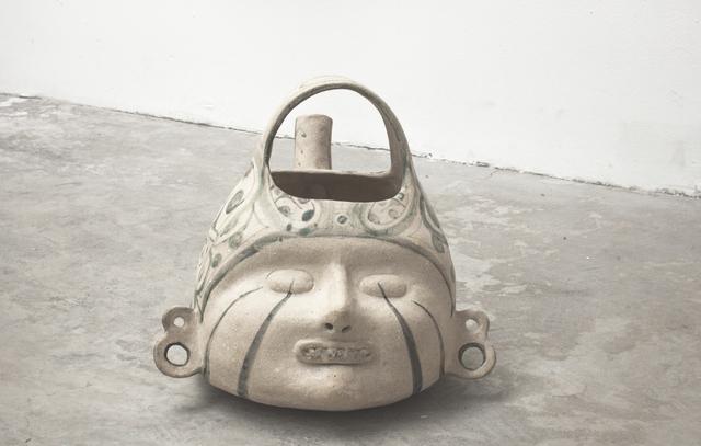 Noe Martínez, 'Cabeza mediana, azúcar y piedra 2', 2018, Sculpture, High temperatura ceramics with engobe, inlaid caramelized quartz, Parque Galería