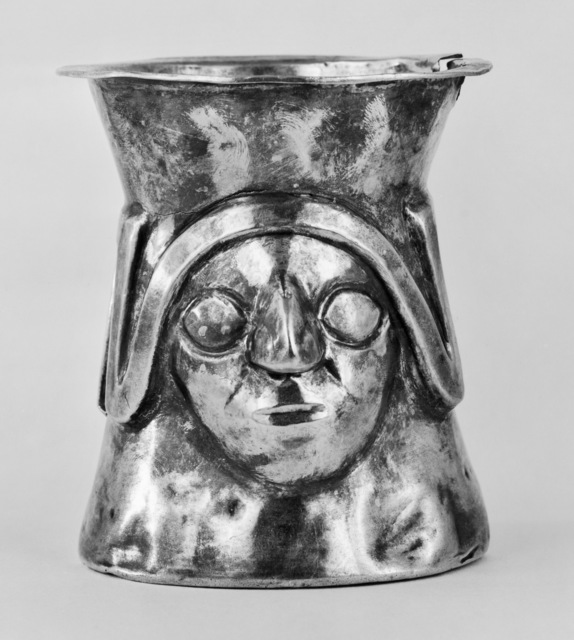 'Ceremonial Cup with Faces and a Stylized Snake', 900-1100, Walters Art Museum