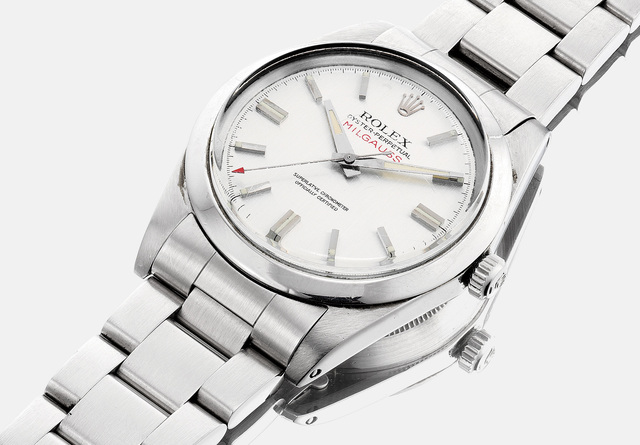 Rolex, 'A fine and attractive stainless steel wristwatch with bracelet, sweep center seconds, service booklets, service invoice and service warranty', 1971, Phillips