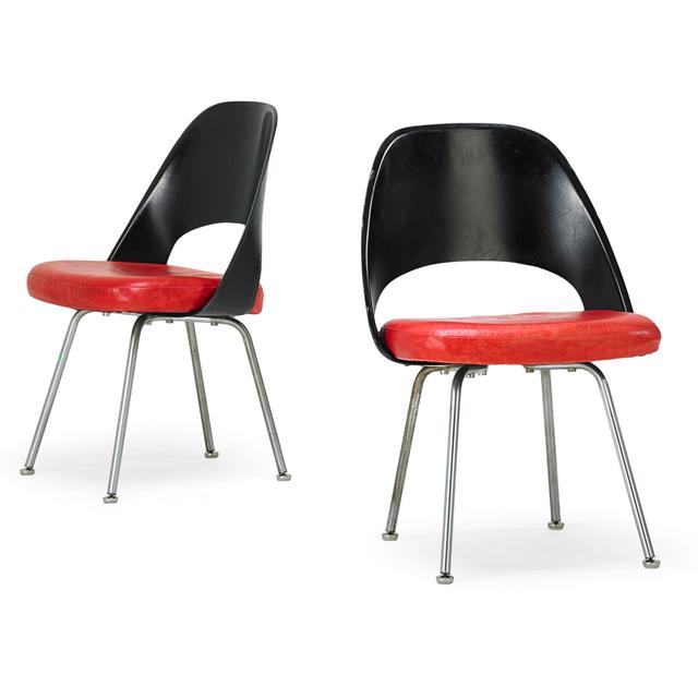 Eero Saarinen, 'Pair of Chairs, New York', 1960s, Rago/Wright
