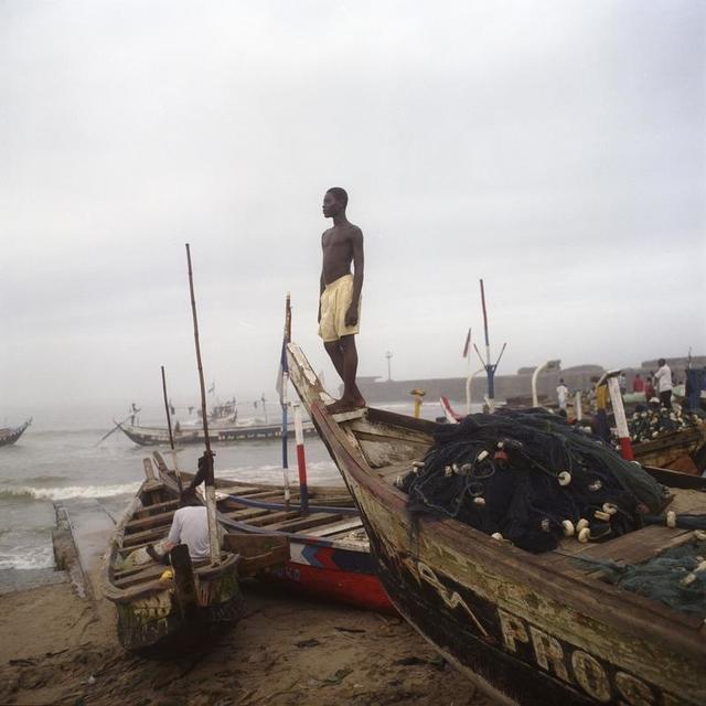 , 'Garçon à la plage à James Town, Ghana,' 2009, Galerie Peter Sillem