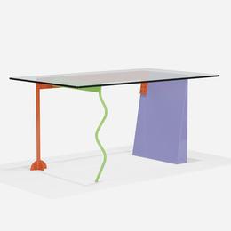 Peninsula table