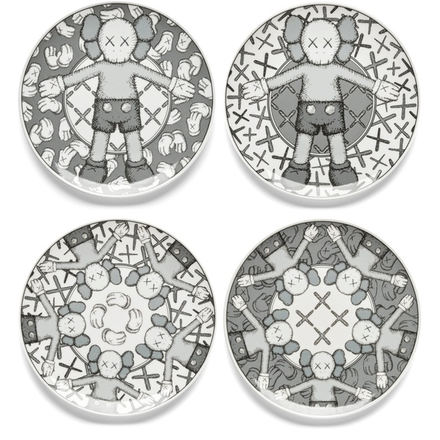 KAWS, 'Holiday Plate Set (Grey)', 2019, Design/Decorative Art, Ceramic plate set of 4 in original presentation box, Hang-Up Gallery