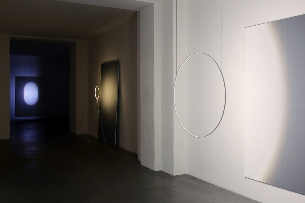 Installation view, Dachroth + Jeschonnek, Lichtvolumen, Engelage & Lieder, 2017