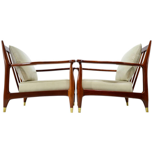 , 'Eugenio Escudero Pair of Club Chairs,' ca. 950, Parada 54
