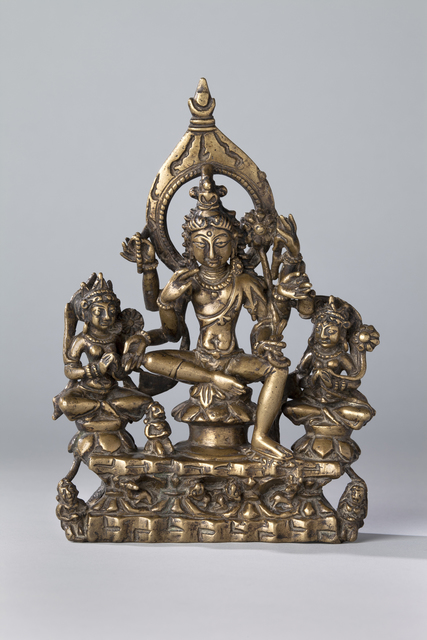 'Six-armed Avalokiteshvara Flanked by Goddesses', 10th century, Rubin Museum of Art