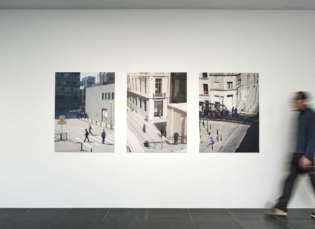 Esther Hovers, False Positives, 2015-16, Installation view Frankfurter Kunstverein, 2018, Photo: N. Miguletz, © Frankfurter Kunstverein, Courtesy of the artist