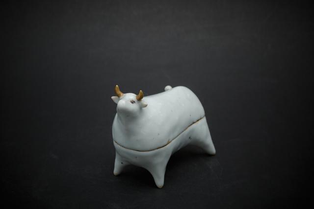 , '24. White cow,' 2012, Sladmore Contemporary