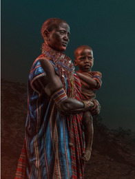 Namanga Woman holding baby