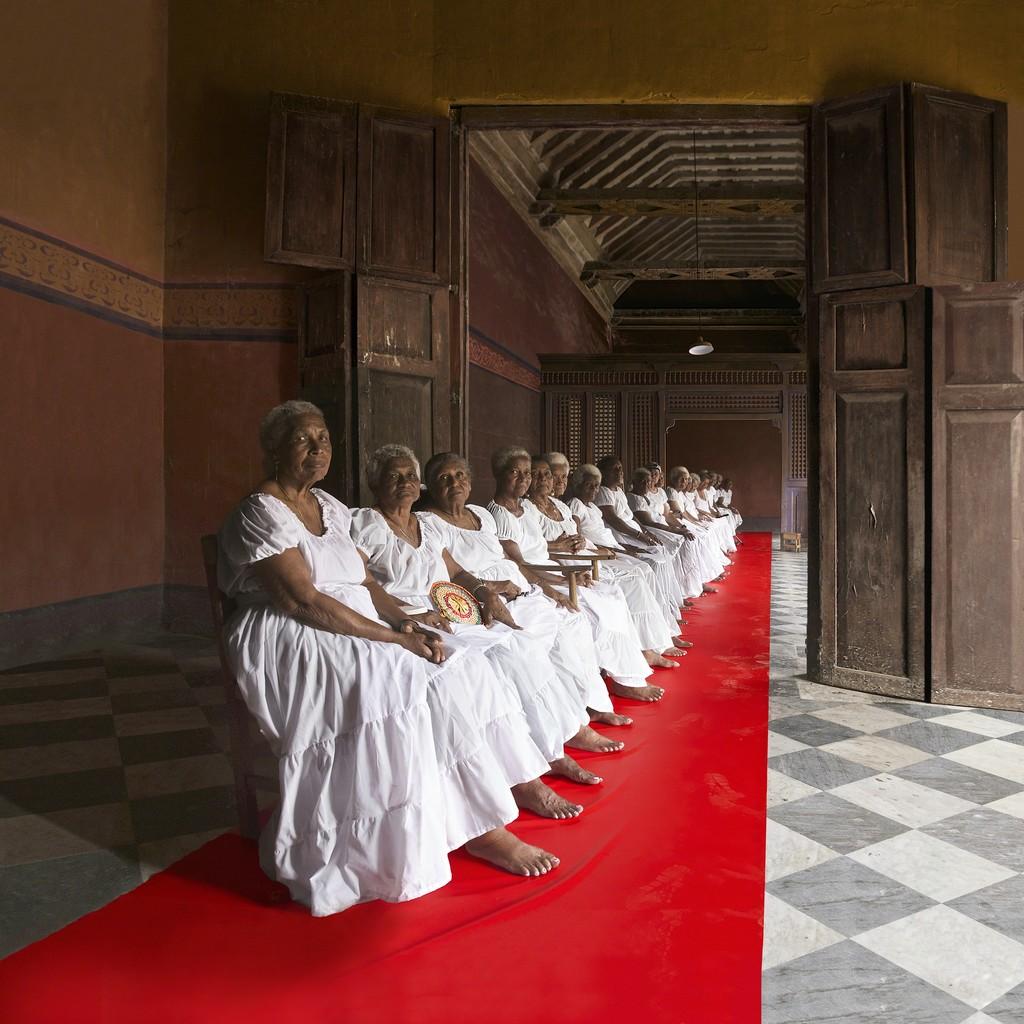 Mujeres en Bodegón
