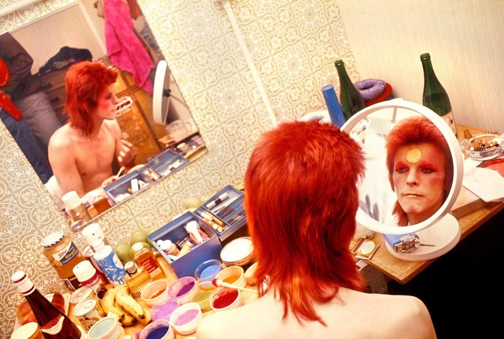 Mick Rock, 'Bowie, Makeup, Circle Mirror,' 1973, TASCHEN