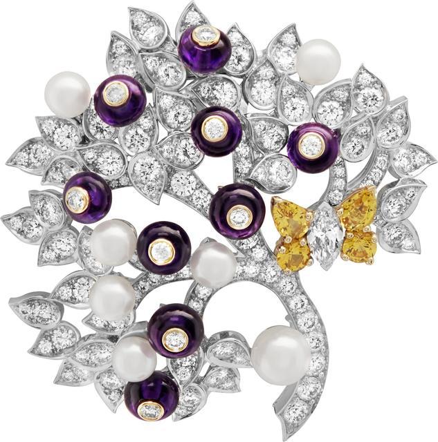 , 'Baies d'améthyste clip. Unique piece, High Jewelry Collection,' 2019, Van Cleef & Arpels