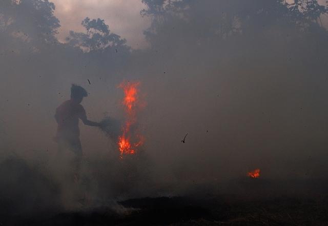 , 'Fire Up,' 2003, Gabarron Foundation