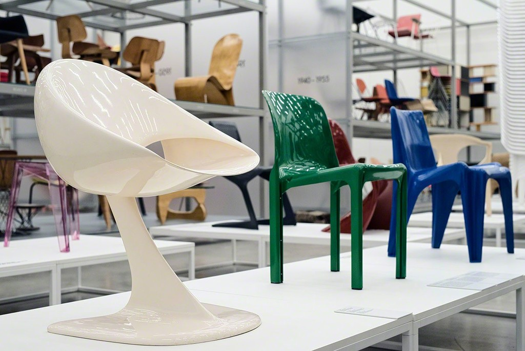 © Vitra Design Museum »Monobloc – A Chair for the World«, 2017, Photo: Roland Schmid