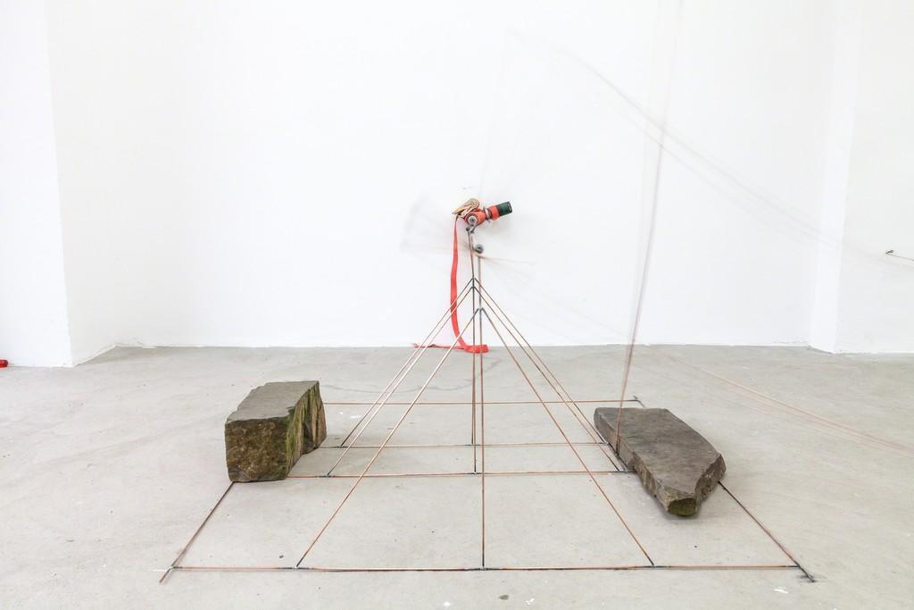 "Andreas Marti, ""I + II"", 2014, Installation, wire, colour, electric screwdriver, chalk, paper | image: ©dasesszimmer"