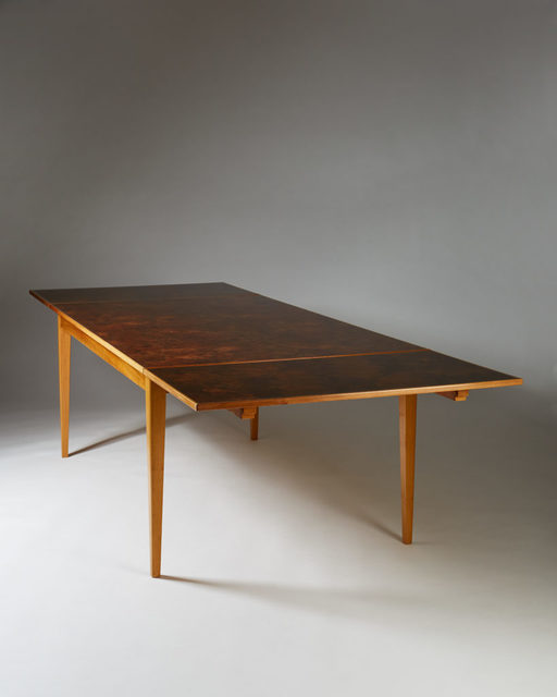 , 'Dining table model 947,' , Modernity