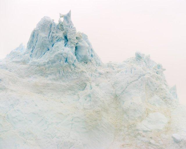 """, '"""" 69°09'47""""N, 51°11'21""""W, 25.06.2012, 00:49:22 """",' 2012, Galerie Frey"""