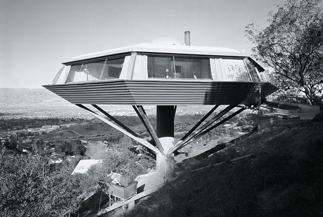 , 'John Lautner, Malin Residence (Chemosphere), Hollywood, California,' 1999, TASCHEN