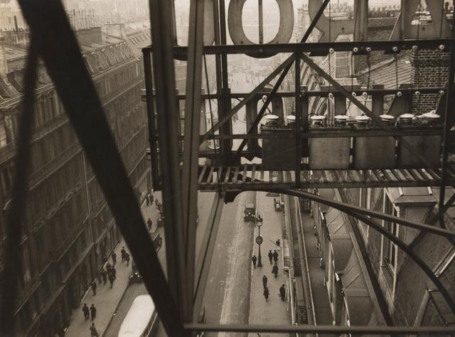 , 'Rue Auber à Paris,' ca. 1928, Jeu de Paume