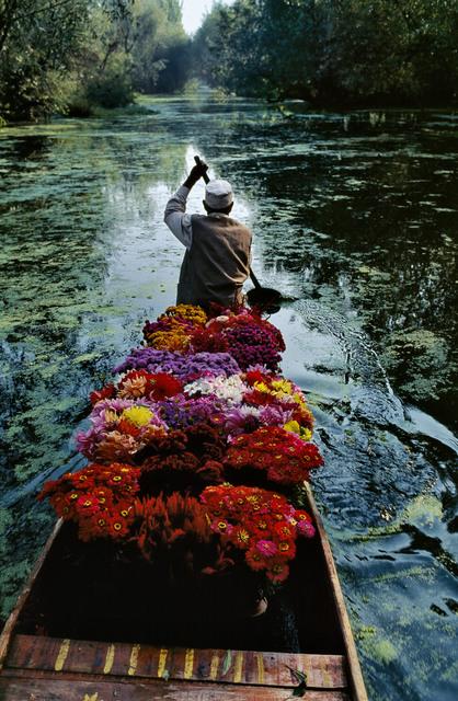 , 'Flower Seller at Dal Lake,' 1999, Magnum Photos