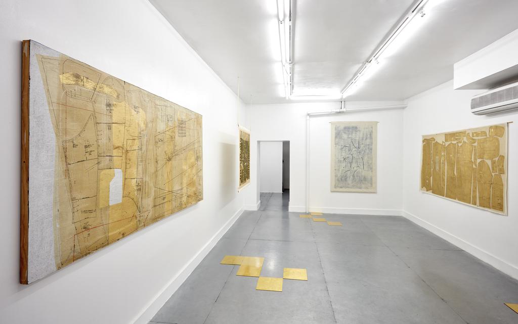 installation shot of Ronny Quevedo, Silueta, at RUBBER FACTORY.