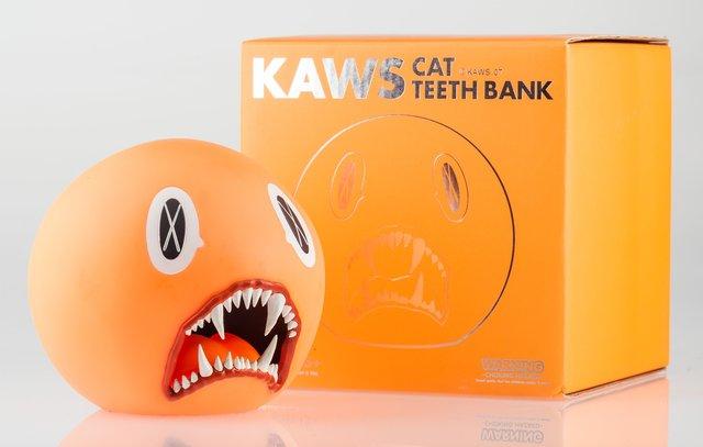 KAWS, 'Cat Teeth Bank (Orange)', 2007, Other, Painted cast vinyl, Heritage Auctions